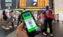 Il sottosegretario Costa: «Green pass obbligatorio anche per lavoratori pubblici e trasporti»