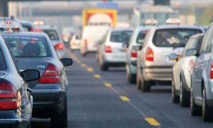 Scontro lungo la A4 tra Brescia e Desenzano: code chilometriche e otto feriti
