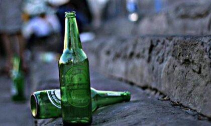 Bevono fino a star male: due quindicenni portati in ospedale (uno aveva perso i sensi)