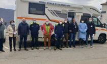 Vaccinazioni, la Lombardia manda le unità mobili nelle località turistiche