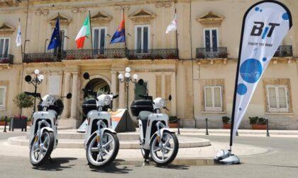 Non solo monopattini e bici in sharing: a Bergamo arriva lo scooter a noleggio