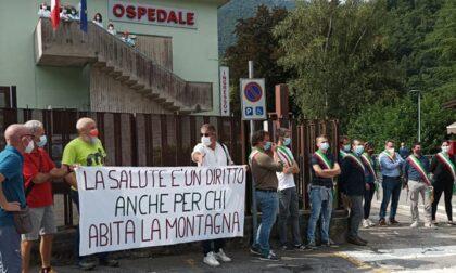 Il comitato per l'ospedale di San Giovanni Bianco: «La sua difesa una battaglia sacrosanta»