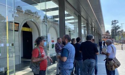 Flop della manifestazione No Green Pass alla stazione di Bergamo: niente disagi