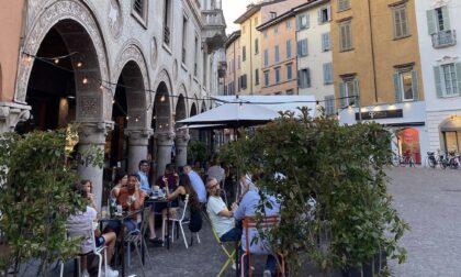 In Lombardia dati epidemiologici positivi, Fontana: «Restiamo in zona bianca»