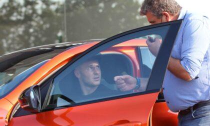 Koopmeiners scopre Bergamo a bordo di una Renault Arkana RS Line di Oberti