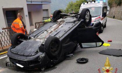 Un'auto si ribalta a Ranzanico. Ferita ma non in modo grave la 38enne alla guida