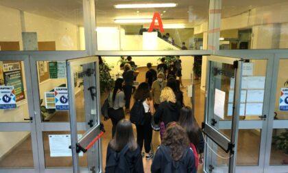 Contagi a scuola: calano le classi in quarantena, 11 in tutto. I positivi sono 9