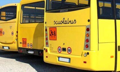 La provocazione del sindaco di Solto Collina: «I ragazzi non vaccinati non possono salire sul pullmino»