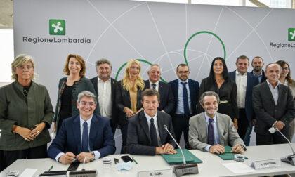 Bergamo e Brescia capitali Cultura 2023, firmato protocollo d'intesa a Palazzo Lombardia