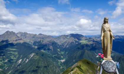 """I monti Aralalta e Baciamorti, maestose vette della """"Svizzera bergamasca"""""""