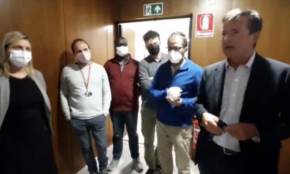 Dopo l'assalto alla Cgil di Roma, Gori in visita alla sede di Bergamo: «Segnale di vicinanza»