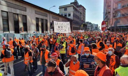 C'erano tanti giovani bergamaschi in piazza a Milano per difendere la caccia